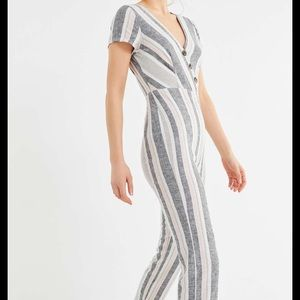 Urban outfitters jumpsuit XS